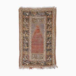 Geblümter türkischer Teppich
