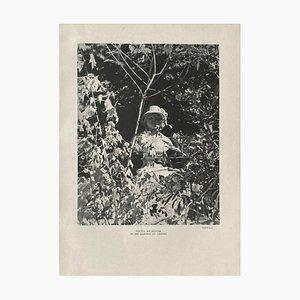 Statue von Renoir in His Garden at Cagnes von Willy Maywald für Revue Verve