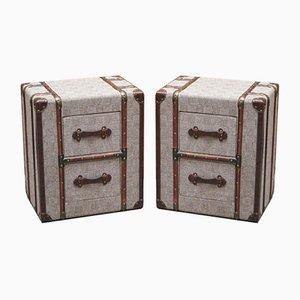 Tables de Chevet en Tissu Gris avec Détails en Bois et Cuir dans le Style de Timothy Oulton