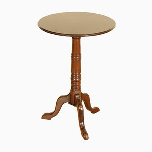 Viktorianischer Beistell- oder Weintisch auf Stativbeinen