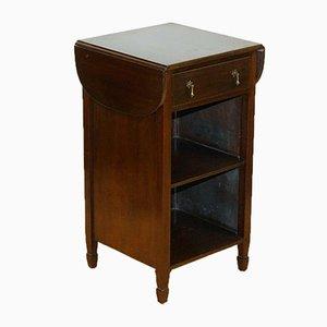 Tavolino vintage in legno massiccio con cassetto e mensole