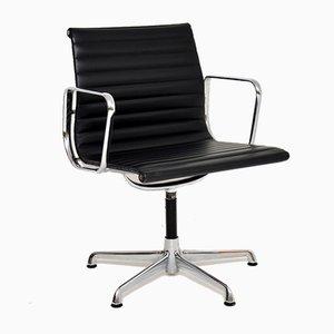 Sedia da scrivania EA108 vintage in pelle di Charles Eames per ICF, anni '70