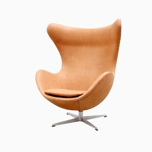 Cognac Leather Egg Chair by Arne Jacobsen for Fritz Hansen, 1966