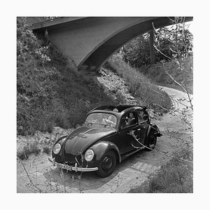 Travelling by Car in the Volkswagen Beetle, Germany 1939, Imprimé 2021