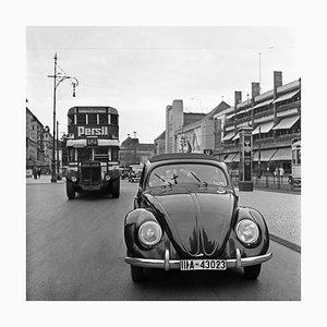 Volkswagen Beetle on the Streets in Berlin, Germany 1939, Imprimé 2021