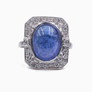 18K White Gold Ring with Cabochon Tanzanite and Diamonds