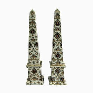Italienische Obelisken aus handbemaltem Porzellan, 20. Jh., 2er Set