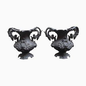 Dekorative Urnen aus Gusseisen, frühes 20. Jh., 2er Set