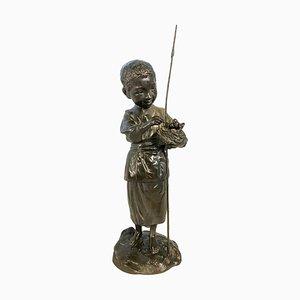 Statue de Garçon Tenant un Nid d'Oiseau en Bronze, 20ème Siècle