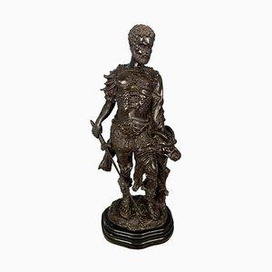 Guerrier en Bronze Tenant une Tête de Bête Demi-Humain, 20ème Siècle