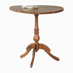 Round Auxiliary Table of Walnut