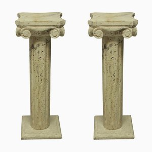 Pedestales de columna Mid-Century de travertino, años 60. Juego de 2