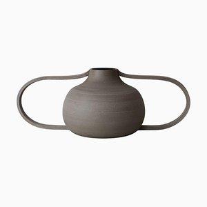 Vase V2-4-105 by Roni Feiten