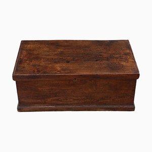 Kleine georgianische Truhe oder Box aus Ulmenholz, 18. Jh