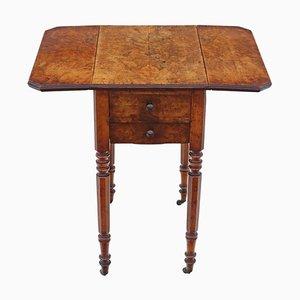 Mesa de trabajo victoriana de madera nudosa de nogal, década de 1880