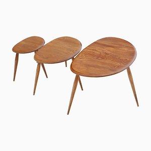 Tavolini a incastro di Ercol, anni '70, set di 3