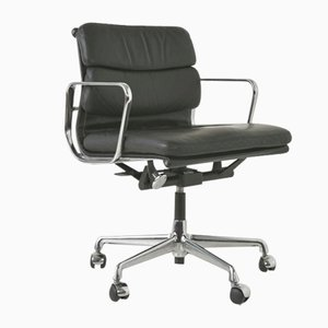EA 217 Desk Chair on Castors by Charles & Ray Eames for Vitra, Germany, 1969