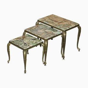 Mesas nido francesas vintage de latón y ónix, años 40. Juego de 3
