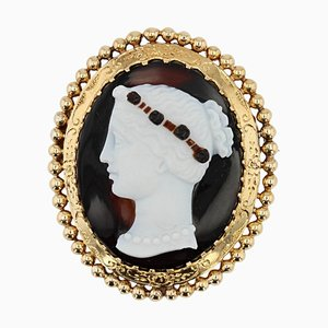 French Bi-Layer Agate & Cameo 18 Karat Yellow Gold Brooch, 1880s