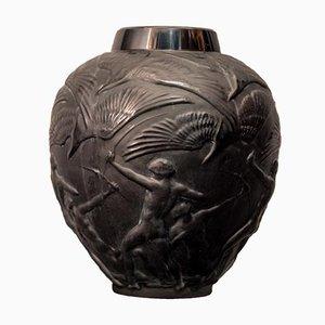 Archers Vase aus schwarzem Glas von René Lalique
