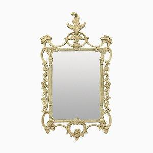 Espejo estilo Chippendale inglés tallado y pintado