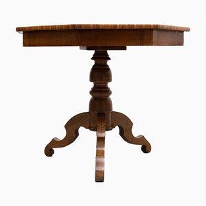 Antiker achteckiger Beistelltisch aus Nussholz mit Intarsien