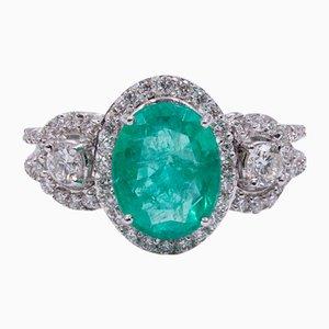 Ring aus 18 Karat Gold mit Zentralem Smaragd und Diamanten