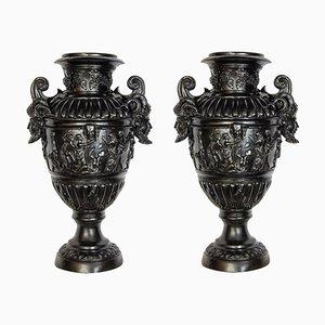 Renaissance schwarz lackierte Bronze Vasen