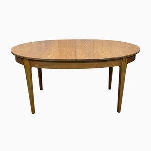 Ovaler Tisch aus Teak mit Schmetterling Länge, 1970er