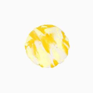 Cuscino rotondo bicolore giallo dipinto a mano di Naomi Clark per Fort Makers