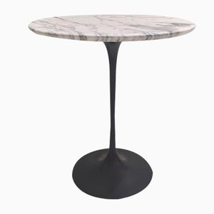 Pedestal Table with White Marble Top and Black Base by Eero Saarinen for Knoll
