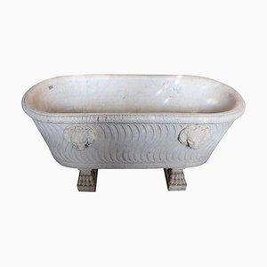 Vasca da bagno antica in marmo di Carrara intagliato