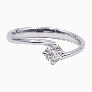 Solitaire Ring in 18K White Gold with Brilliant Cut Diamond