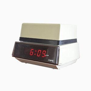 Lámpara de mesa con reloj despertador de Rare