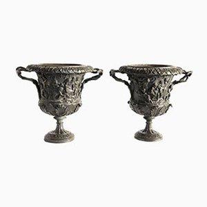 Jarrones Grand Tour italianos de bronce tallado de M. Amodio, década de 1880. Juego de 2