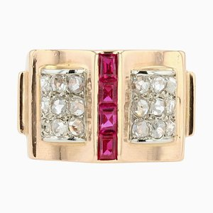 French Calibrated Rubies and Diamonds Tank Ring in 18 Karat Rose Gold, 1940s