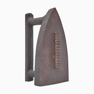 Sculpture Surréaliste Man Ray Le Cadeau, 1974