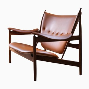 Chieftain Sofa Couch in Wood and Leather by Finn Juhl