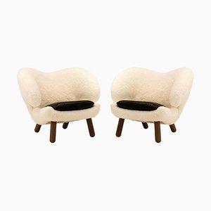 Skandilock Pelican Chairs aus Schaf, Leder & Holz von Finn Juhl, 2er Set