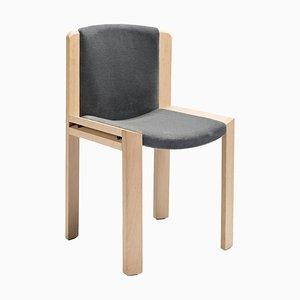 Sedia modello 300 in legno con tessuto Kvadrat di Joe Colombo