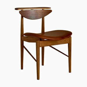 Reading Chair in Wood and Leather by Finn Juhl