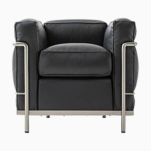 Lc3 Chair Grand Sustainable Comfort Chair by Le Corbusier, Pierre Jeanneret & Charlotte Perriand