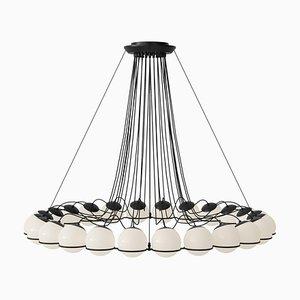 Lámpara modelo 2109/24/14 con estructura negra de Gino Sarfatti