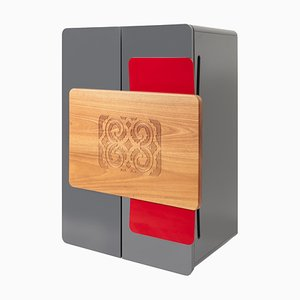 Ainu Collection Mini Aid Schrank von SoShiro, 2020