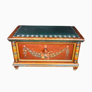 Brocante Trunk with Sitting Space, Early 1900s