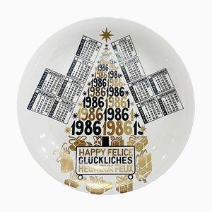 Assiette Calendrier en Porcelaine pour l'Année 1986 par Piero Fornasetti