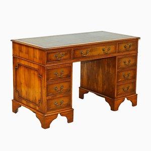 Vintage Säulen-Schreibtisch aus Wurzel- Eibenholz mit geprägtem grünem Lederaufsatz & Schlössern