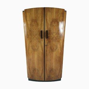 Art Deco Kleiderschrank aus Nussholz von Jindřich Halabala für UP Zavody, 1950er