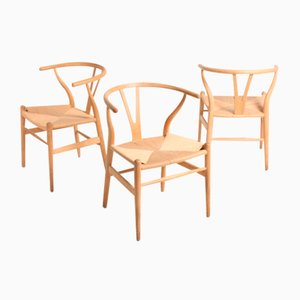 Wishbone Chairs in Patinated Oak by Hans Wegner for Carl Hansen & Søn, 1960s, Set of 4