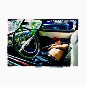 Hot Rod en reposo, Bakersfield, California, 2003, retrato a color